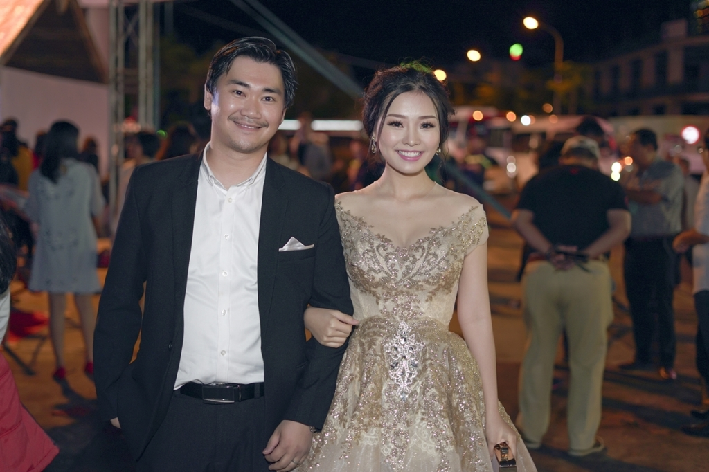 thanh thuy khanh hien duoc chong dao dien thap tung tren tham do lhp viet nam 2017