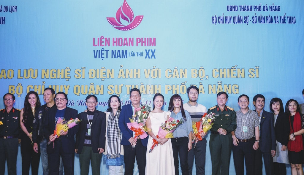 vo chong thanh thuy duc thinh ban ron voi cac hoat dong ben le cua lhp viet nam 2017