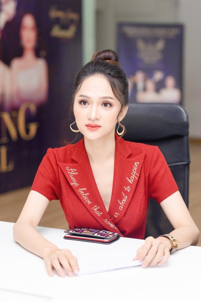 huong giang dep tua nu than sanh doi nam than gil le tuyen sinh the tiffany vietnam