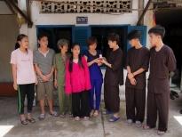'Ngày may mắn':Huỳnh Lập xúc động tặng 'của hồi môn'cho người phụ nữ nghèo nuôi 4 đứa cháu
