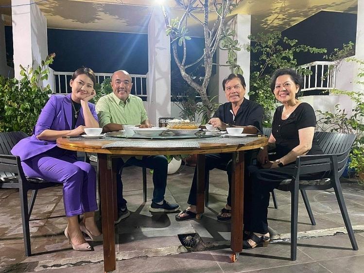 Danh ca Giao Linh và cuộc sống viên mãn, hạnh phúc ở tuổi U80