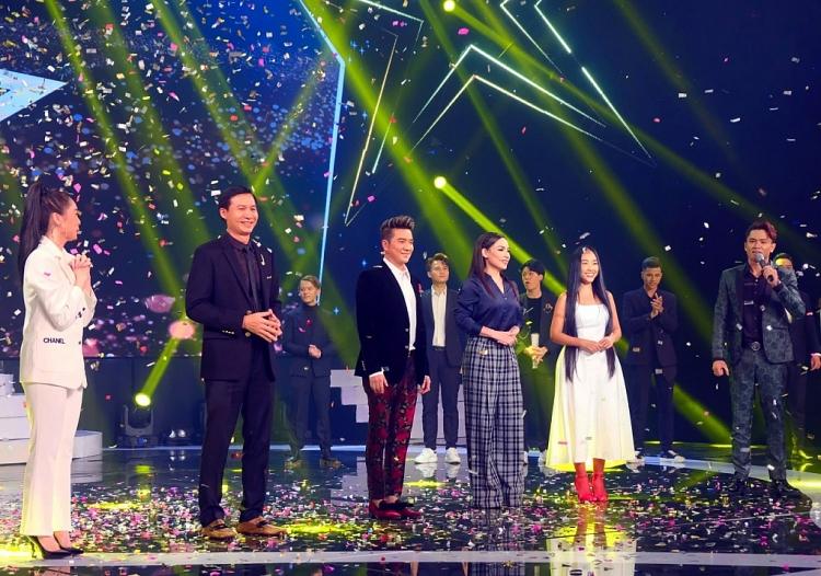 'Sao tìm sao': Đàm Vĩnh Hưng, Đoan Trang kinh ngạc khi thí sinh thổi làn gió mới vào những bài hát kinh điển