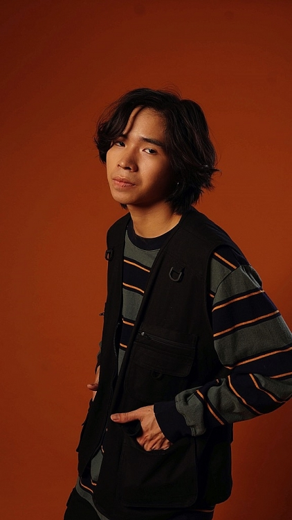 Thịnh Suy ra mắt 'E.P' đầu tay cùng MV 'Tình yêu xanh lá'