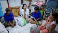 'Ngày may mắn': Ngọc Lan đại náo chợ trưa để mua quà cho vợ bác xe ôm