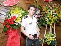 nha bao lai van sam va hoa khoi lan khue la mc giai thuong am nhac cong hien lan 13