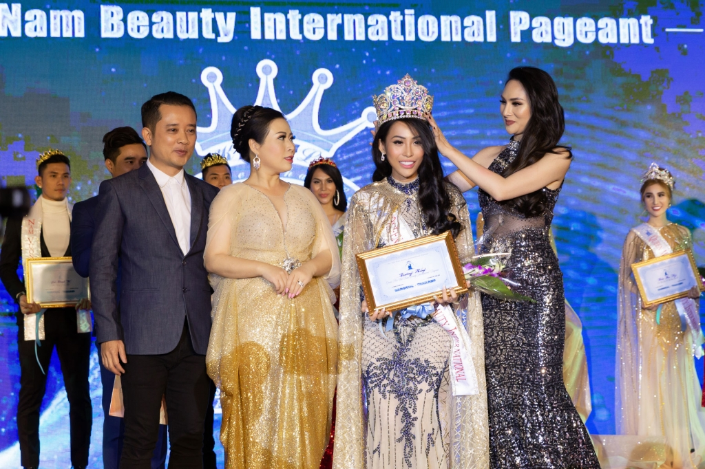 sieu mau truong hang bat ngo dang quang ms vietnam beauty international pageant 2018