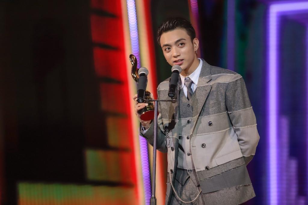 chinh thuc khoi dong zing music awards 2018