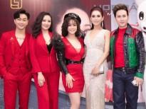 nguyen vu khoe ve dien trai khong tuoi khi lam giam khao miss world business 2019