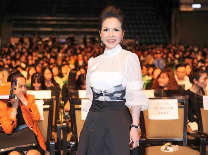 Hoa hậu Lê Thanh Thúy làm Đại sứ Xuân tình nguyện 2019 cho sinh viên
