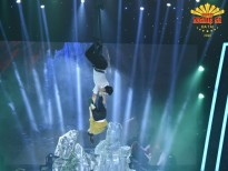 Akira Phan, Hồ Bích Trâm khiến giám khảo thót tim với màn diễn xiếc trên không