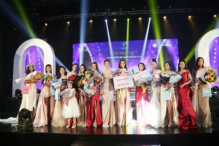nguoi dep do nguyen nhu huynh dang quang hoa khoi du lich dong nai 2019