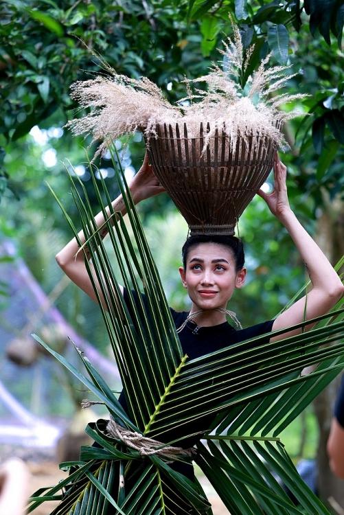 di viet nam di vietnam why not trum cuoi lo dien ha guc thanh choi do den hoang yen cung phai so set