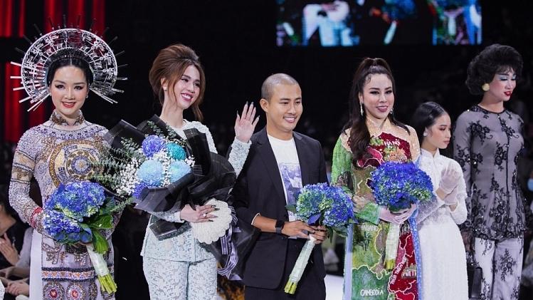 Ngọc Trinh và siêu mẫu Võ Hoàng Yến đậm chất hoài cổ trong BST củaNTK Bảo Bảo