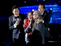 Dương Triệu Vũ và Hoài Linh khiến người nghe thổn thức với ca khúc 'Đèn khuya'