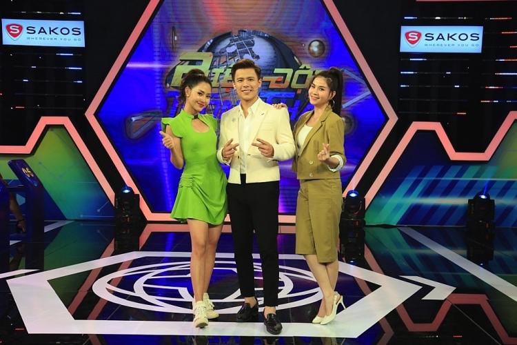 biet doi thong thai kha ly boc phot tran anh huy muon ao chi gai mac di dan chuong trinh