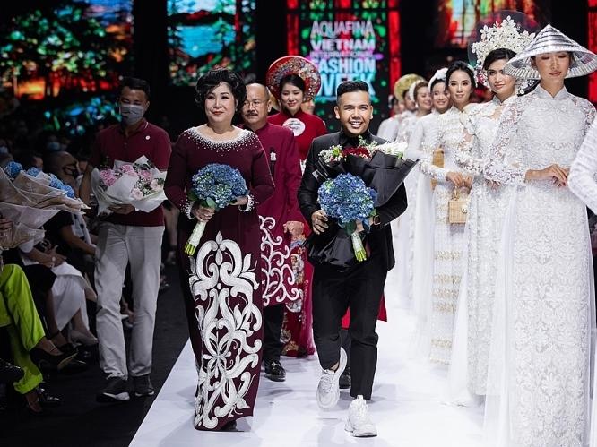 Lý do NTK Minh Châu mời mẹ nuôi Hồng Vân tham gia show 'Kim Lang'?