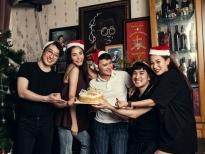 Quang Hà đón Giáng sinh sớm cùng 'team người nhà'