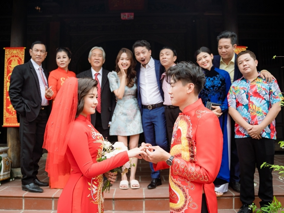 Quách Ngọc Tuyên cưới vợ nhưng cô dâu không phải là bà xã hiện tại?
