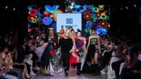 Võ Hoàng Yến mang không khí hội hè hoa lệ kết thúc 'Vietnam International Fashion Festival'