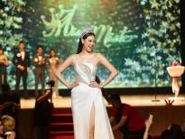 Hoa hậu Khánh Vân đội vương miện chấm thi 'Miss & Mister Văn Lang 2020'