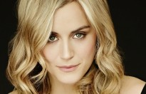 taylor schilling dong vai chinh trong bo phim descendant