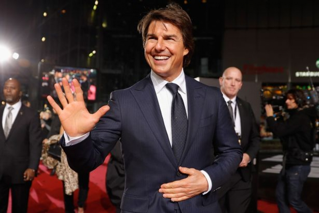 tom cruise do guc truoc vanessa kirby cua mission impossible 6