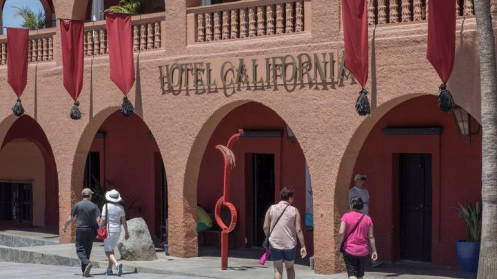 ban nhac the eagles kien hotel california