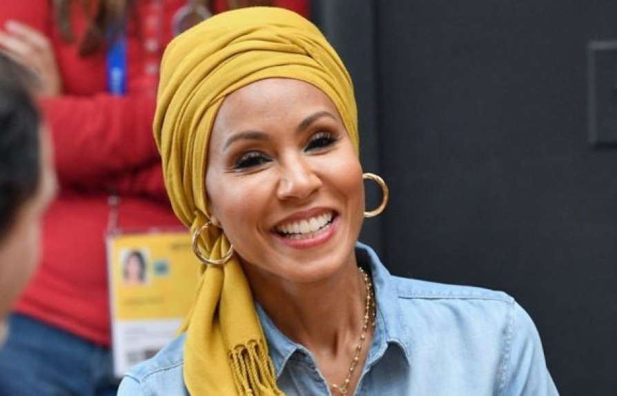 jada pinkett smith tiet lo ly do luon mang khan trum dau