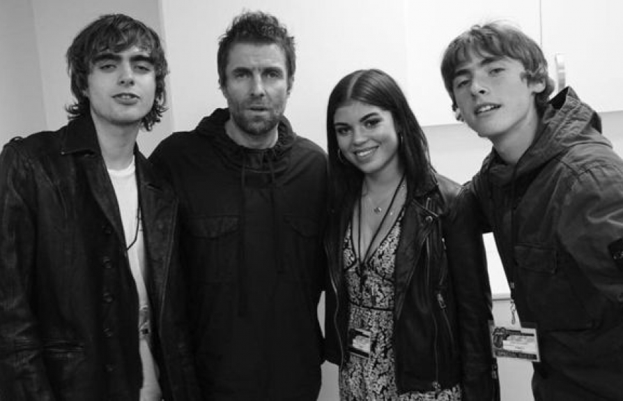 liam gallagher lan dau tien gap con gai