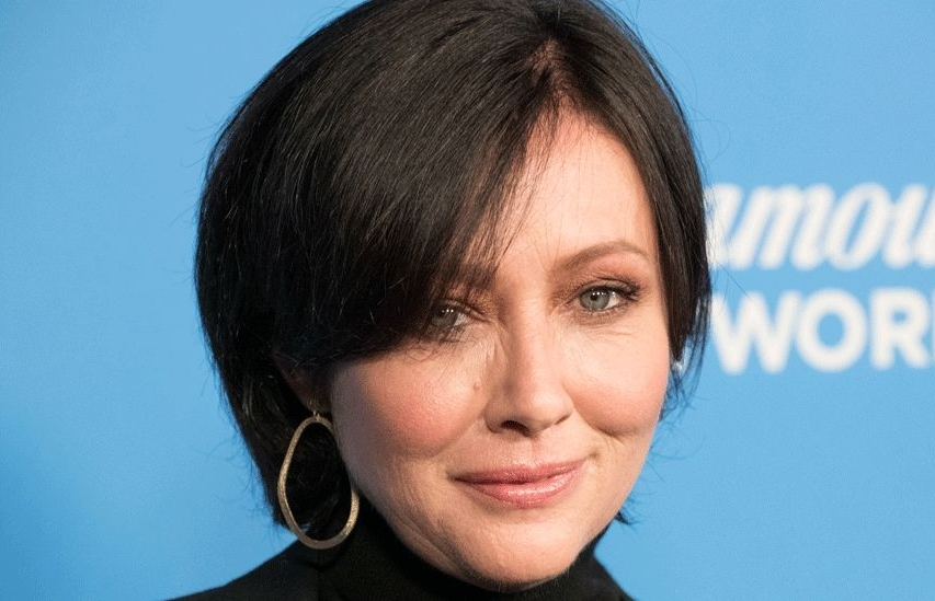shannen doherty tham gia beverly hills 90210 lam lai
