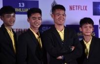 Đội bóng nhí Thái Lan được cứu trong hang ngầm ký hợp đồng với Netflix
