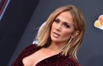 Jennifer Lopez phê phán việc cách ly trẻ em khỏi cha mẹ nhập cư vào Mỹ