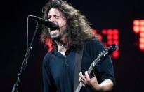 Sân vận động O2 Arena gặp sự cố trong show diễn của ban nhạc Foo Fighters