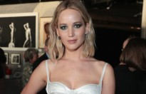 jennifer lawrence thoi hop dong voi cong ty dai dien caa