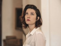 'All About Nina' được chiếu miễn phí để ủng hộ các nạn nhân xâm hại tình dục