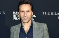 alessandro nivola dong vai chinh trong the many saints of newark