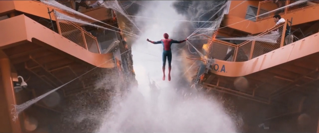 nguoi nhen xuat hien day an tuong trong trailer moi spider man homecomming