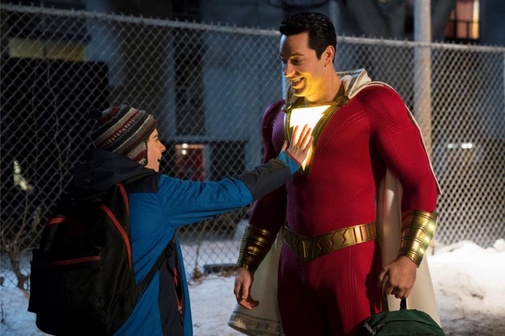 Siêu anh hùng nhí với thân xác người lớn trong 'Shazam'