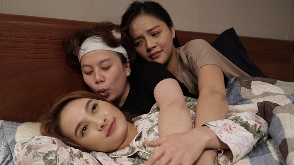 Câu chuyện xúc động về tình cảm gia đình trong 'Về Nhà Đi Con'