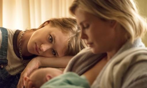 Cùng xem Charlize Theron làm mẹ ra sao trong 'Tully'