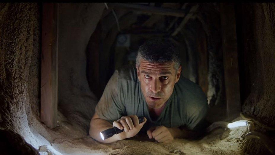 Người đàn ông tật nguyền chống lại bọn tội phạm ranh mãnh ra sao trong 'Đường Hầm Tội Ác'